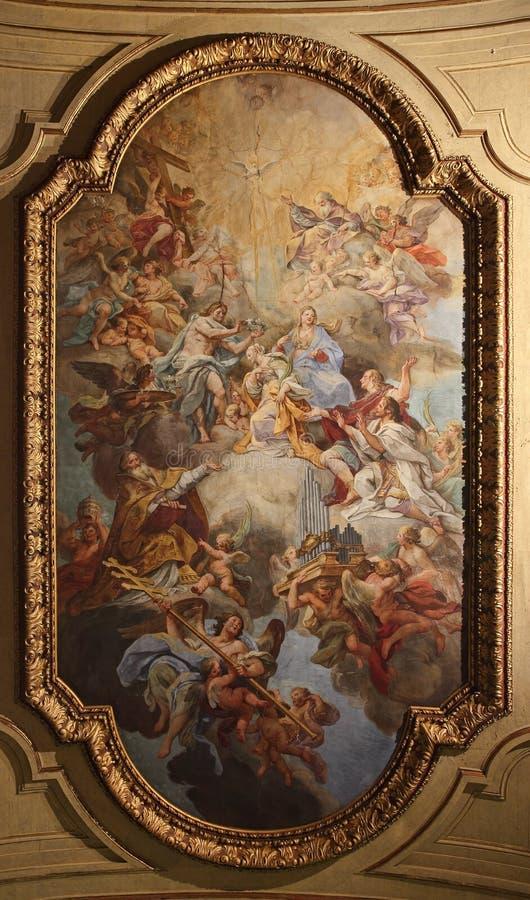 Барочная потолочная фреска в церков Santa Cecilia, Риме, Италии стоковые фотографии rf