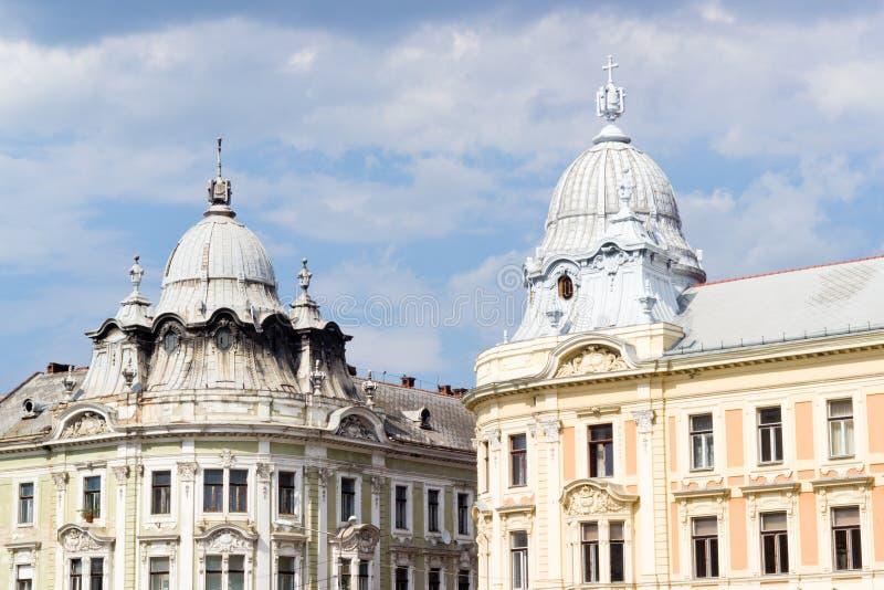 Барочные башни под облачным небом, cluj-Napoca стоковая фотография rf