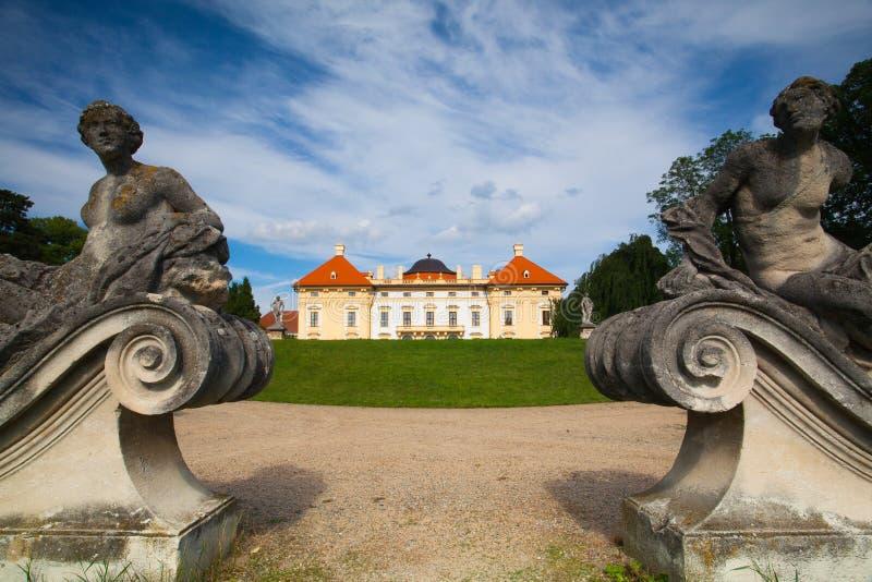 Барочный замок в Slavkov стоковая фотография rf
