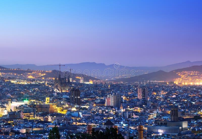 Барселона во времени захода солнца стоковое фото