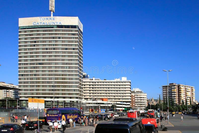 БАРСЕЛОНА, ИСПАНИЯ - 8-ое июля 2014 Стильная гостиница Torre Catalun стоковая фотография