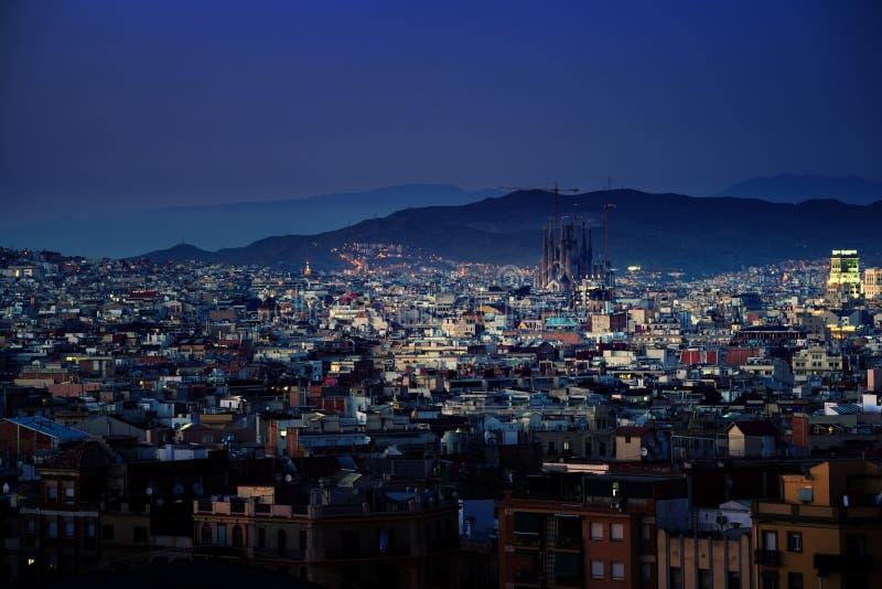 Барселона во времени захода солнца стоковые фото