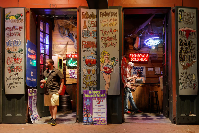 Бар ночи в улице Бурбона стоковая фотография rf