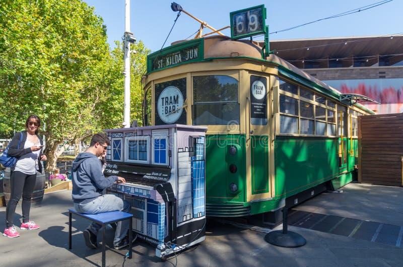 Бар трамвая в Мельбурне, Австралии стоковая фотография
