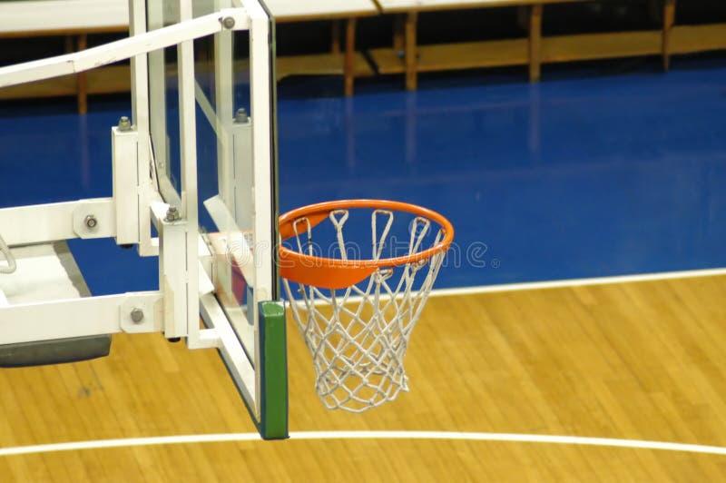 Download баскетбол стоковое изображение. изображение насчитывающей стенд - 89547