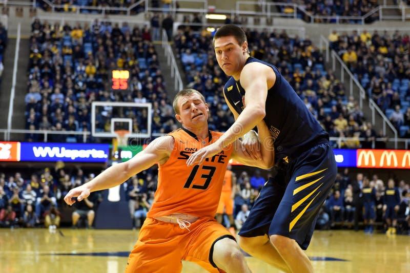 2015 баскетбол NCAA - положение WVU-Оклахомы стоковые изображения