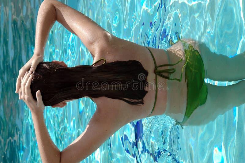 бассеин девушки стоковые фотографии rf