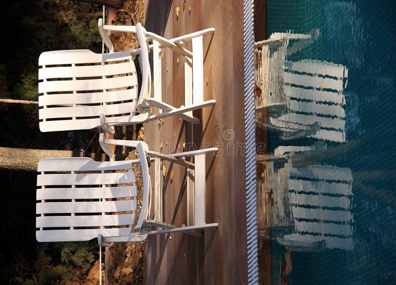 бассеин стулов стоковые изображения rf