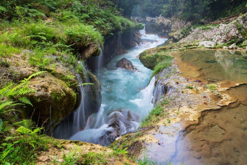 Бассейны в Гватемале стоковые фотографии rf