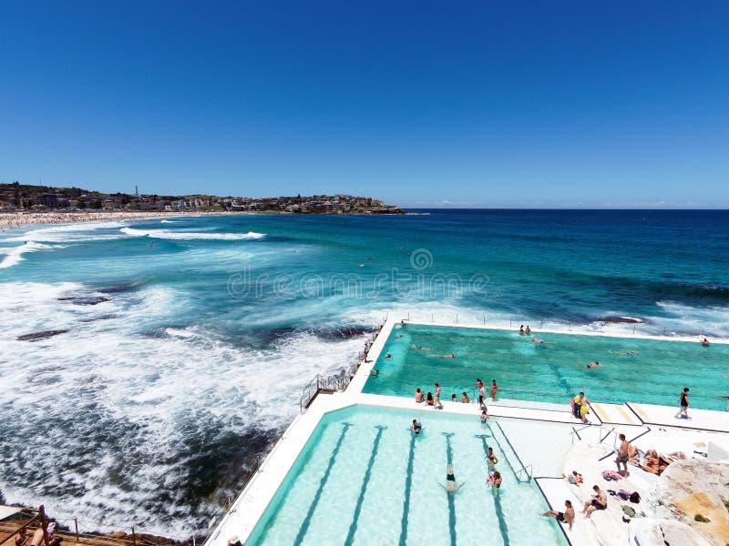 Бассейн океана айсбергов Bondi, пляж Bondi, Сидней, Австралия стоковые изображения