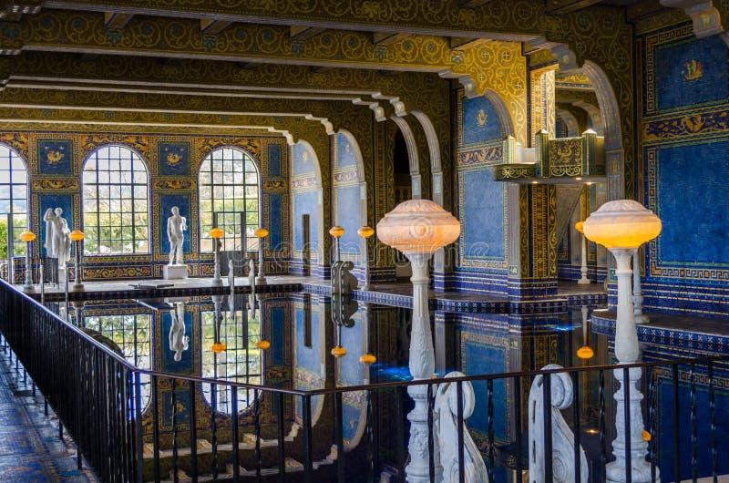 Бассейн римского стиля стоковое фото