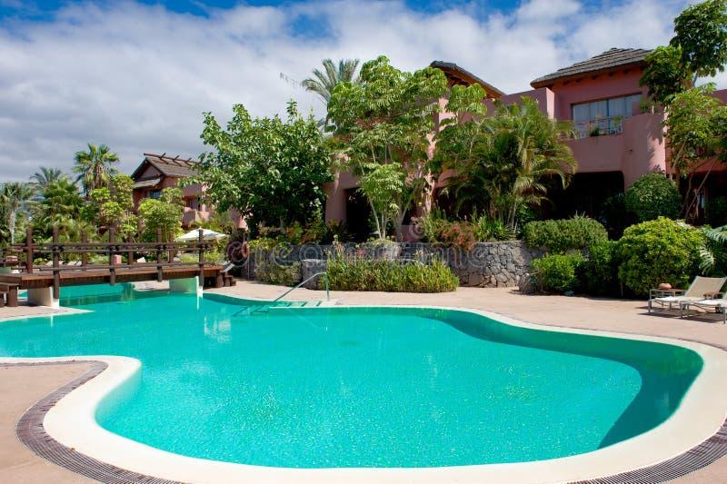 Бассейн Ritz-Carlton, курорта в Тенерифе, роскошного курорта Teneriffe Abama стоковые изображения
