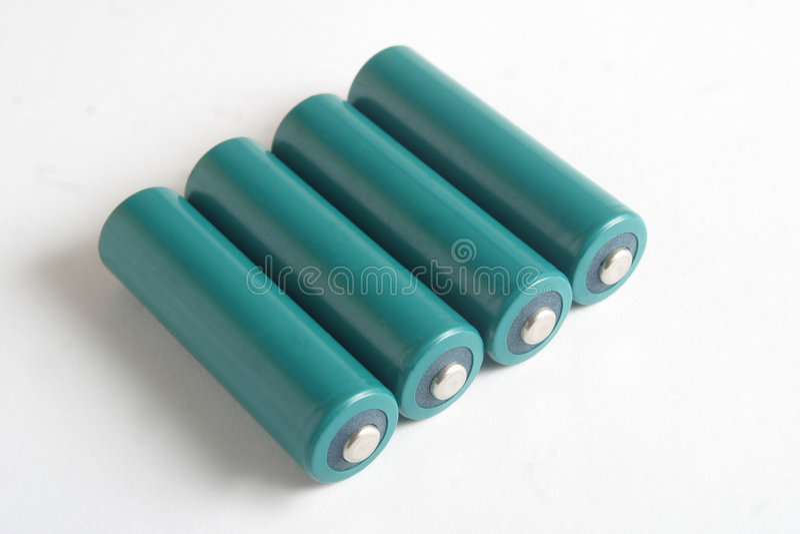 Download батареи aa стоковое фото. изображение насчитывающей green - 83626