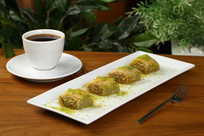 Бахлава и кофе стоковое изображение