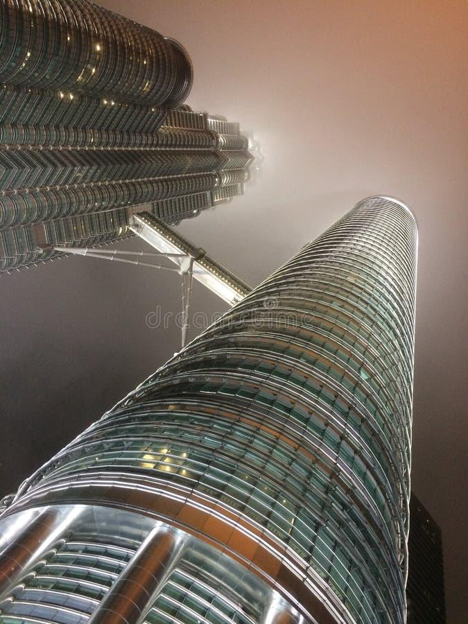 Башни Близнецы Petronas в Куалае-Лумпур Малайзия стоковое изображение