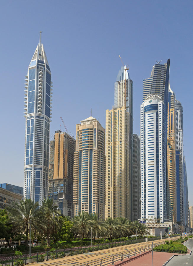 Башни в Марине района в Дубай стоковые изображения