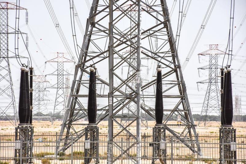 Башни генератора энергии стоковое изображение