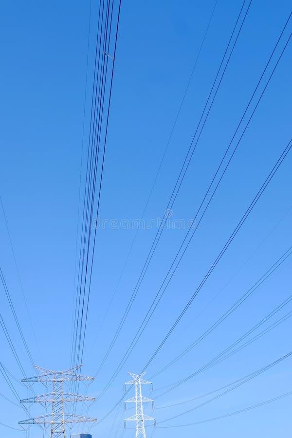Башни передачи наивысшей мощности стоковое фото