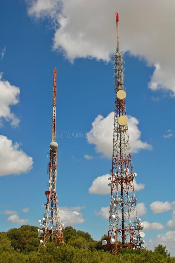 башни связи стоковая фотография rf