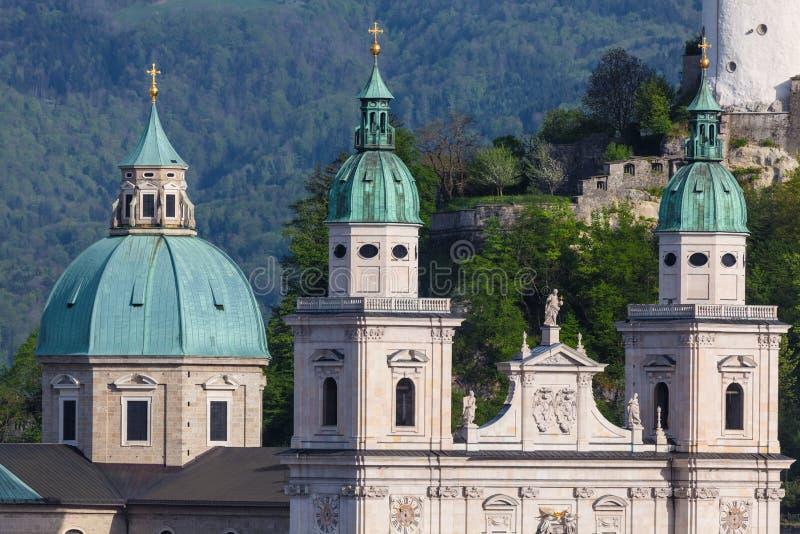 Башни собора Зальцбурга, Австрии стоковые изображения rf