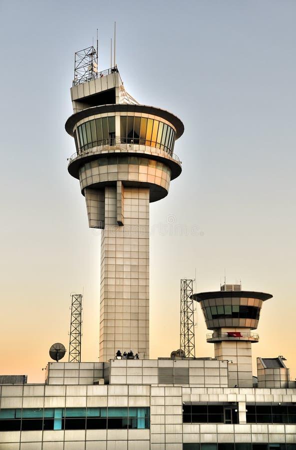 Башня авиадиспетчерской службы стоковое изображение rf