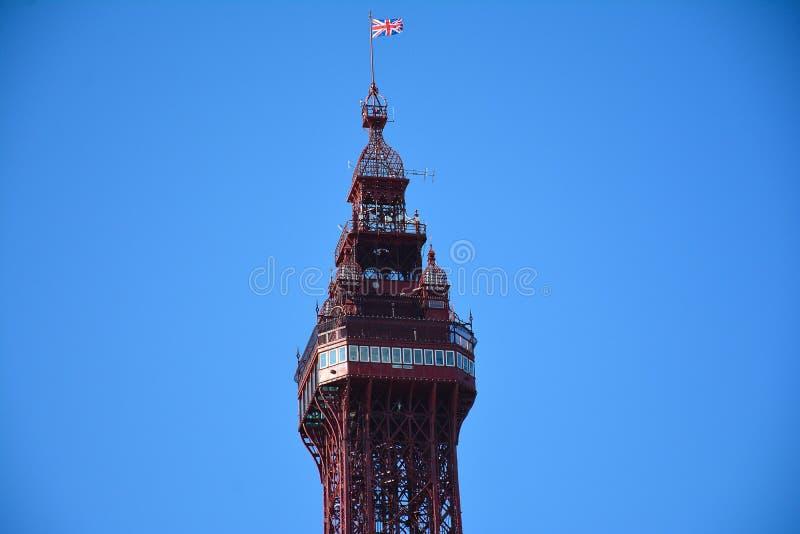 Башня Блэкпула детали в голубой предпосылке стоковое изображение