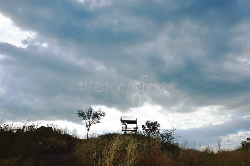 Башня взгляда на холме на горе Khao Lon в Таиланде стоковое фото