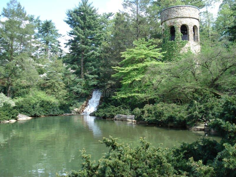 Башня в садах Longwood, Пенсильвания перезвонов стоковое фото rf