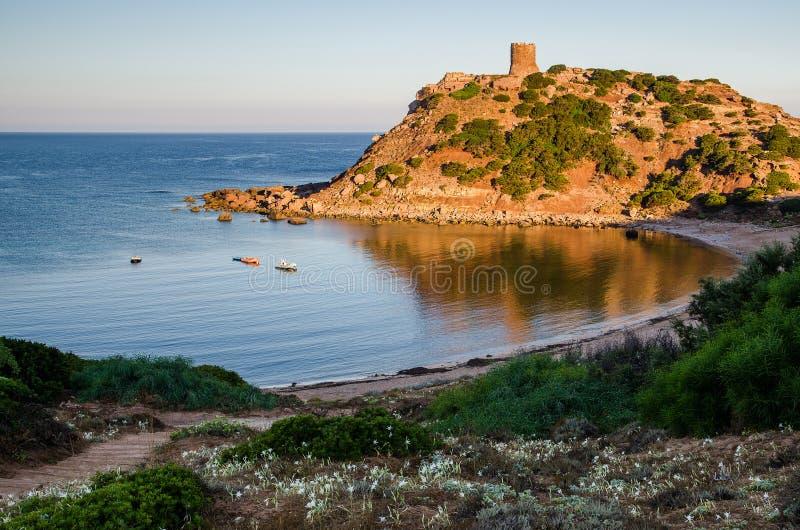 Башня в утре, Сардиния вахты Porticciolo стоковые фото