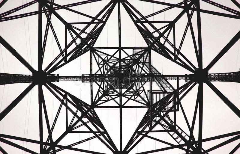 Башня геометрической картины электрическая стоковая фотография rf