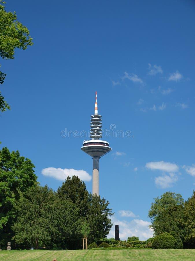 башня европы frankfurt стоковая фотография rf