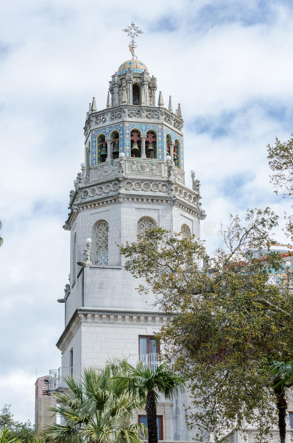 Башня замка сердца стоковые изображения rf