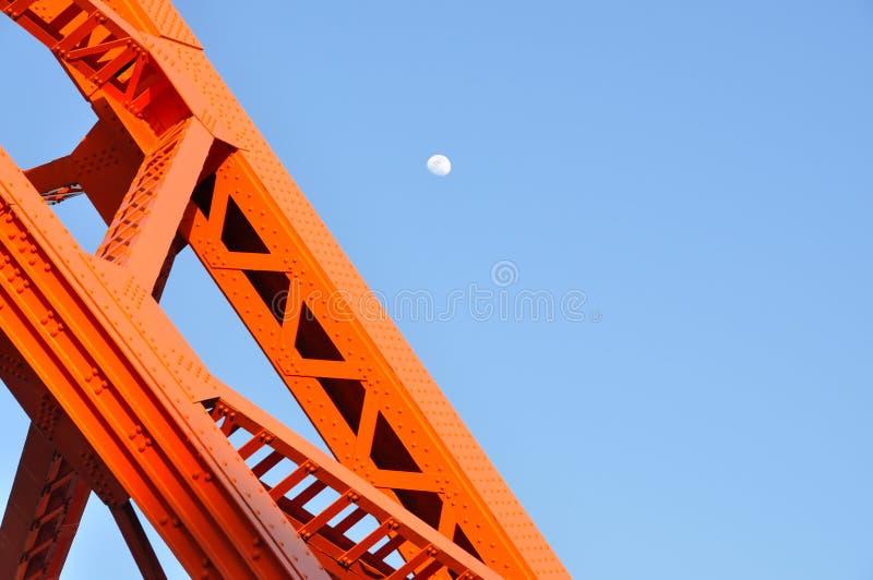 Башня и дневное время токио лунатируют, ориентир ориентир токио с голубым небом стоковое изображение rf