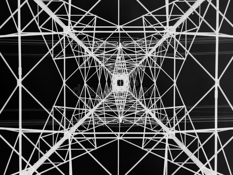 Башня линии электропередач осмотренная сверху Геометрическая структура Распределение энергии стоковые изображения rf
