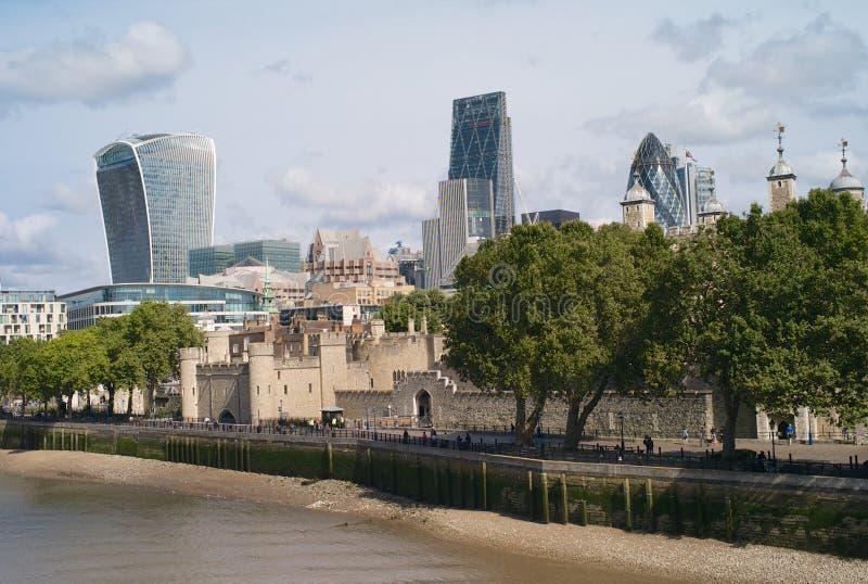 Башня Лондона и города Лондона стоковое фото