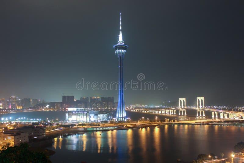 Башня Макао и Sai Van Мост на ноче Макао стоковое фото rf