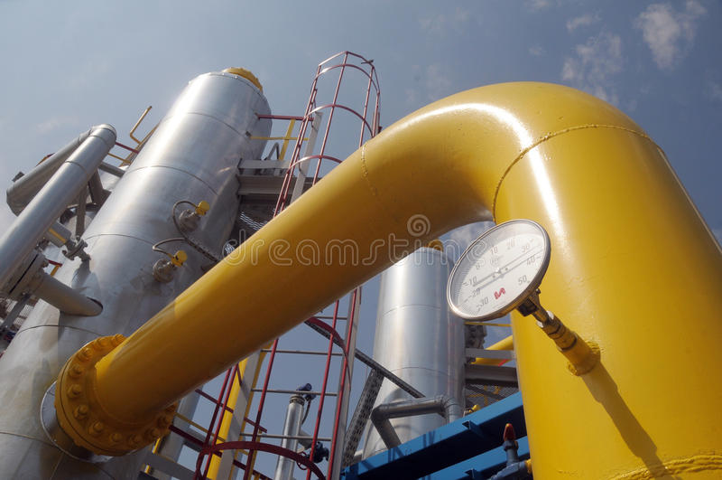 Башня на станции компрессора газа стоковое фото