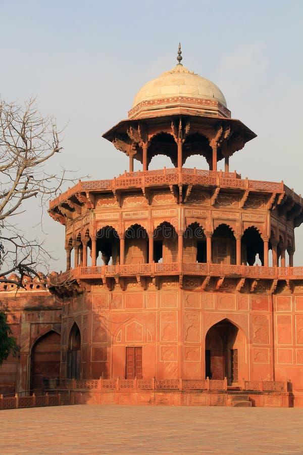 Башня около Тадж-Махала стоковые изображения rf