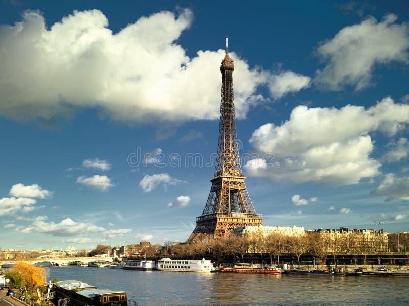 башня перемета реки eiffel paris стоковые изображения