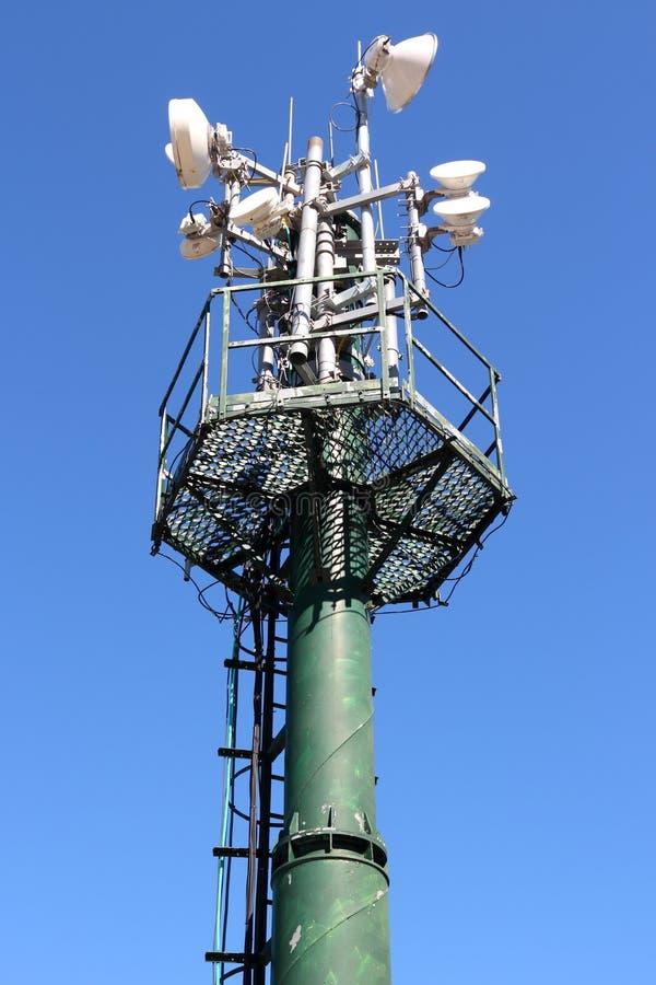 Башня передатчика стоковые фотографии rf