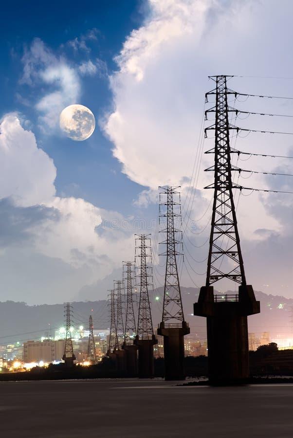 башня силы городского пейзажа стоковая фотография rf
