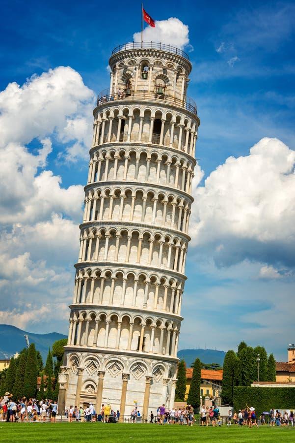 Башня склонности Пизы в Тоскане Италии стоковое изображение rf