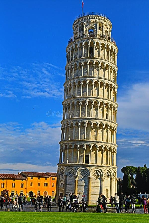Башня склонности Пизы стоковое фото rf