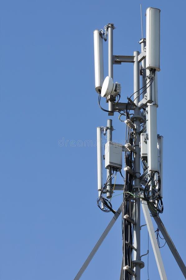 башня сотового телефона стоковое фото rf