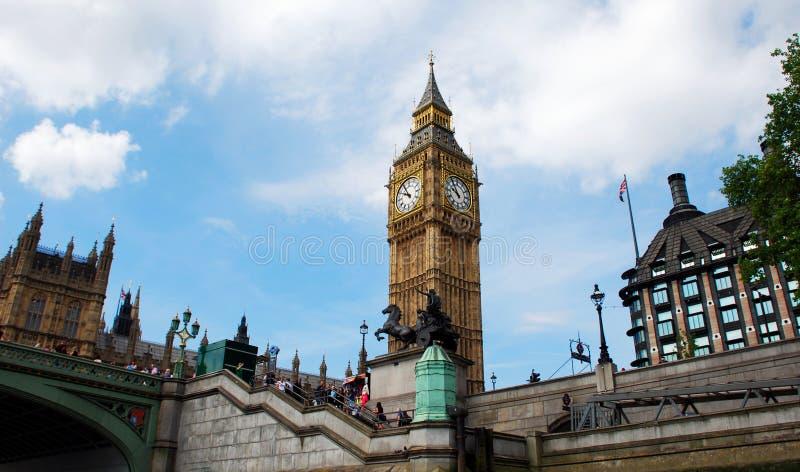 Башня с часами большого Бен, Лондон, Англия, Великобритания стоковое изображение rf