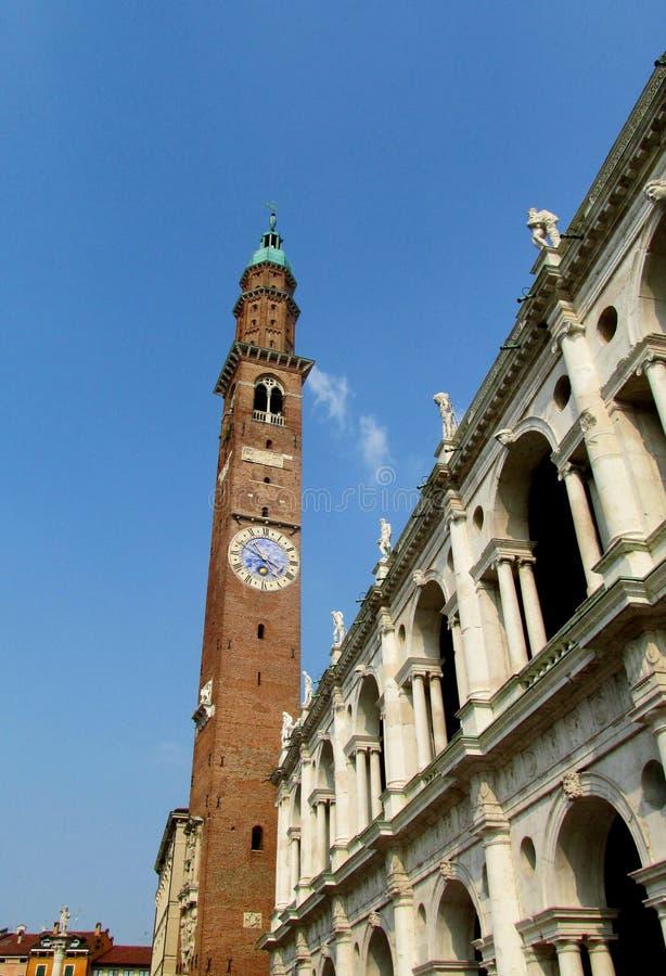 Башня с часами в Виченца стоковые фотографии rf