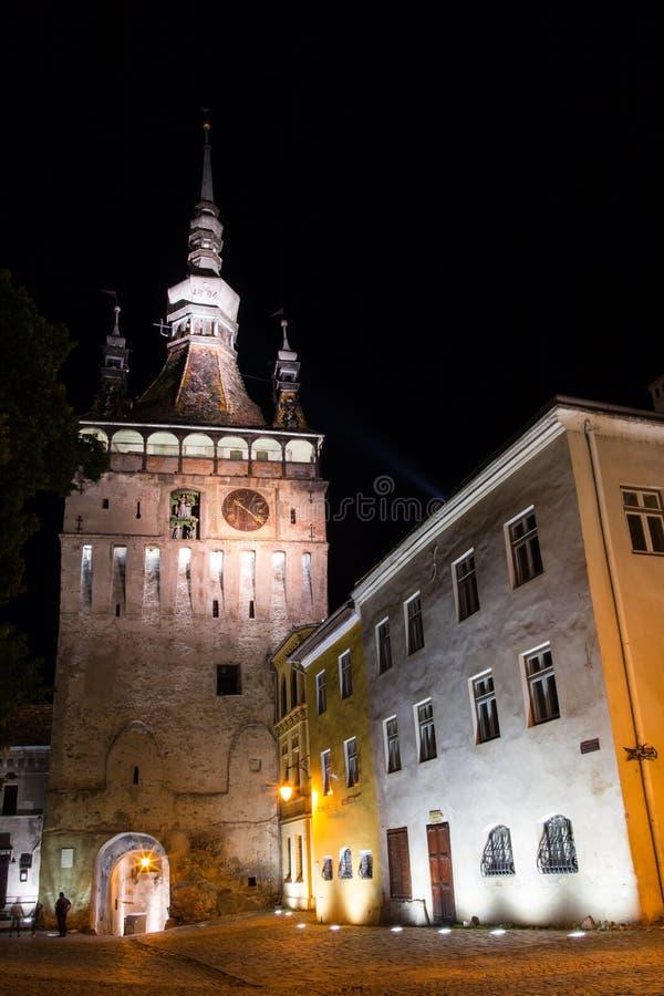 Башня с часами в историческом центре города Sighisoara, Румынии стоковые изображения rf