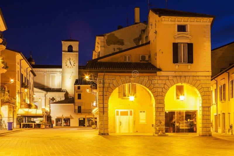 Башня с часами в Desenzano del Garda стоковая фотография rf