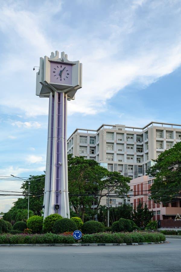 Башня с часами на карусели стоковое изображение