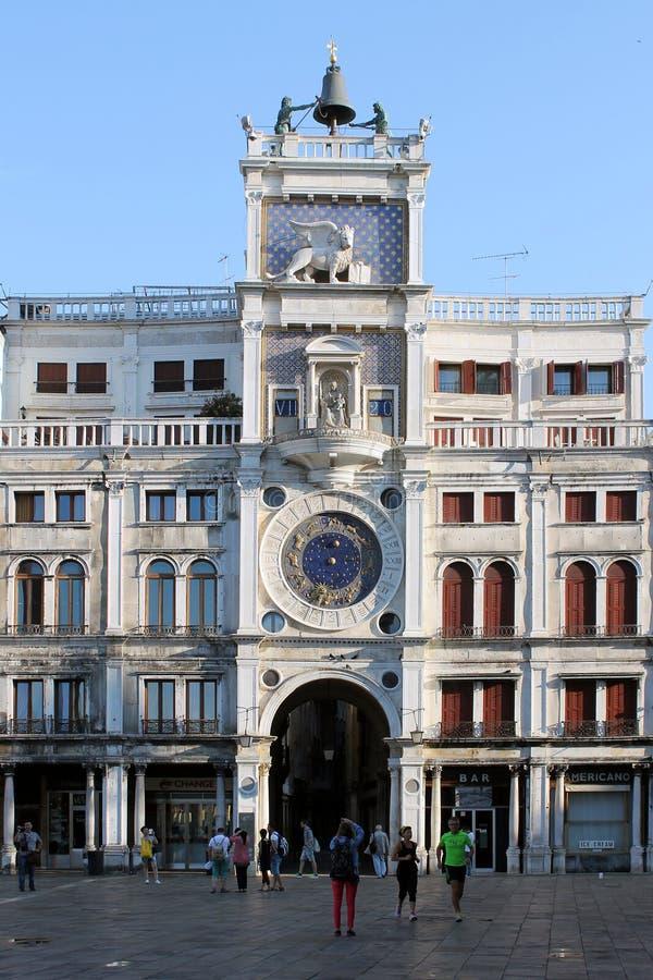 Башня с часами на квадрате St Mark в Венеции Италии стоковая фотография rf